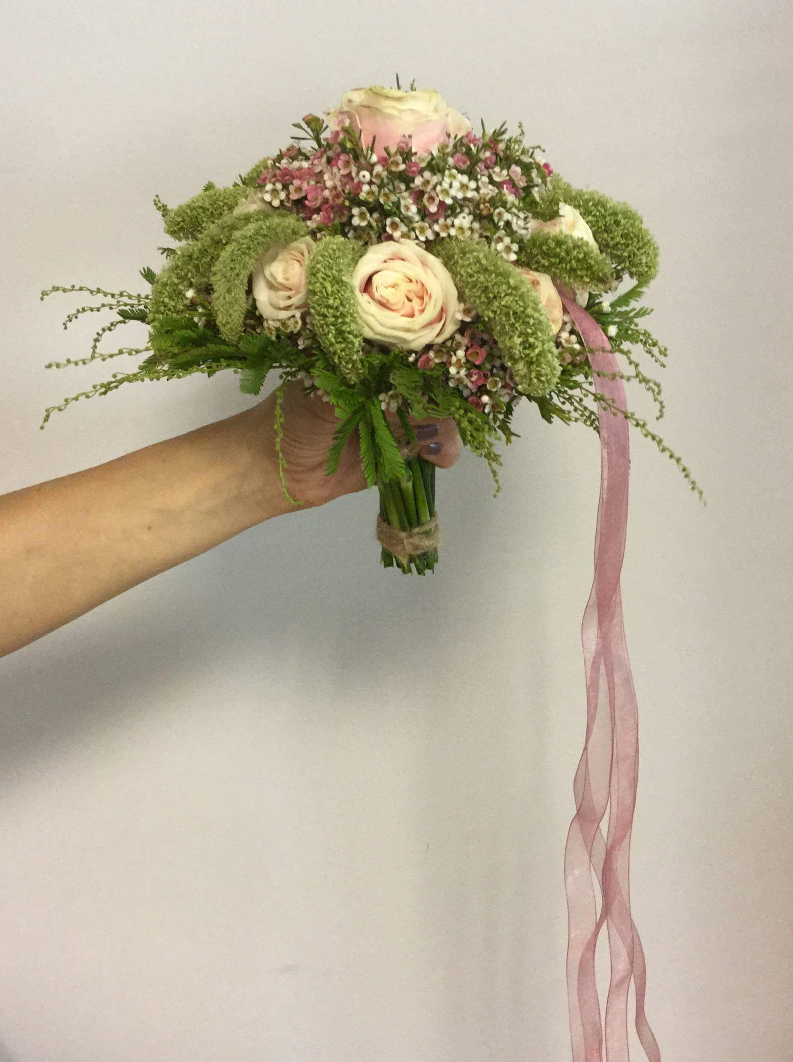 Bouquet of flowers to give for Mother's Day