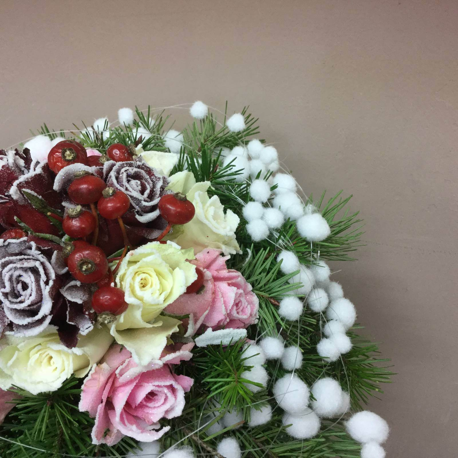 Floral composition for Christmas