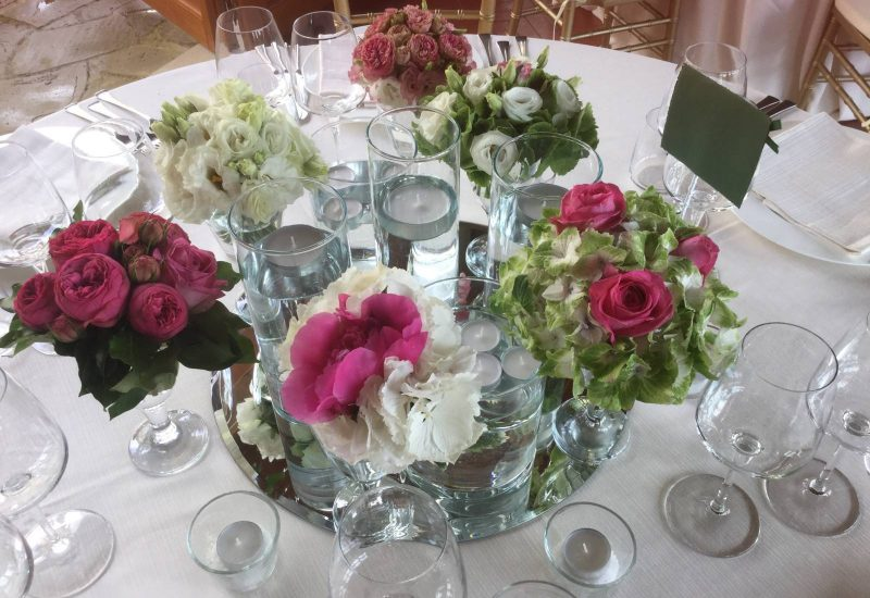 Flowers for wedding receptions