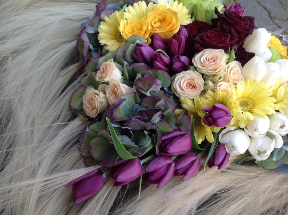 Allestimento floreale per lutti - Cortona e Camucia