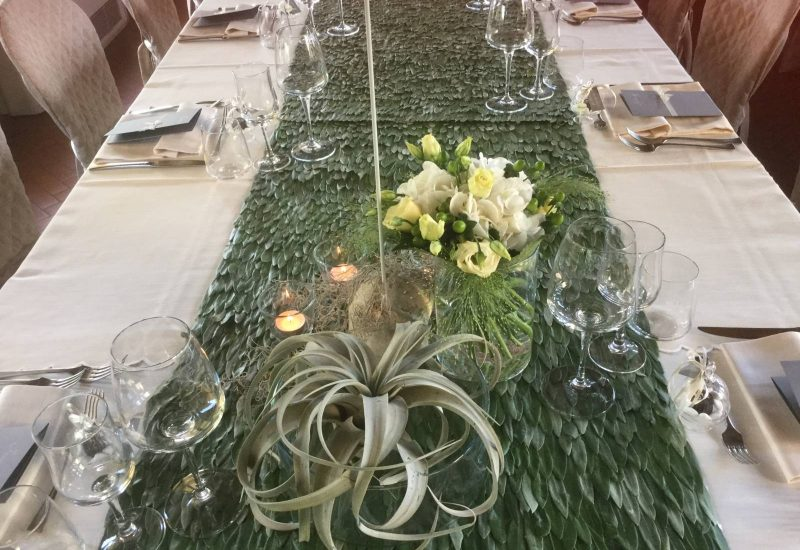 Floral arrangements for receptions